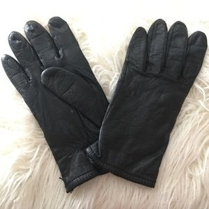 Accessories - Black Leather driving gloves